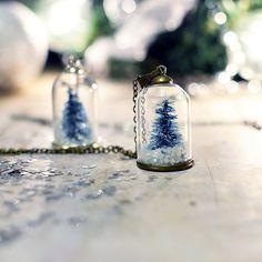 Terrarium necklace, snow globe Pendant , Christmas tree necklace , vial necklace, miniature terrarium, Gift Under 30