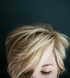 Messy Blonde Pixie Cut Styles