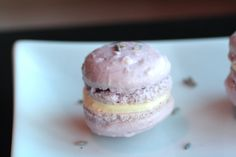 lavender macaron with lemon filling