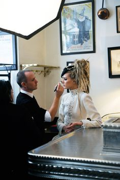 MAKING OF THE PARIS-BOMBAY CAMPAIGN – Chanel News - Fashion news and behind the scene features