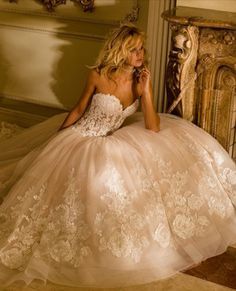 Ideas for wedding dresses ball gown lace blush Wedding Dresses Photos, Princess Wedding Dresses, Wedding Dress Styles, Dream Wedding Dresses, Wedding Gowns, Wedding 2017, Prom Gowns, Sweetheart Wedding Dress, Perfect Wedding Dress