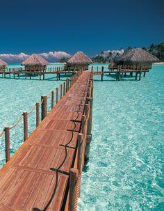 A taste of tropical summer at the Bora Bora Pearl Beach Resort & Spa