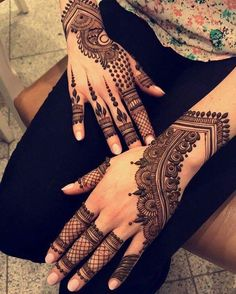 Mehendi – The word itself says all in regards to traditional practice of making Henna tattoos on hands or legs, … Finger Henna Designs, Henna Art Designs, Stylish Mehndi Designs, Bridal Henna Designs, Unique Mehndi Designs, Dulhan Mehndi Designs, Beautiful Mehndi Design, Mehendi, Henna Mehndi