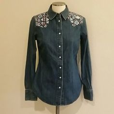 CLOSET CLEAR OUTLevi's Denim Shirt Worn once. In excellent condition. Levi's Tops Button Down Shirts