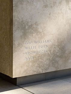 Signage - The Barnes Foundation by Tod Williams/Billie Tsien Architects. Photo by Abbott Miller. Wayfinding Signage, Signage Design, Environmental Graphics, Environmental Design, Branding And Packaging, Outdoor Signage, Poster S, Visual Communication, Commercial Interiors