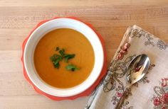 This easy recipe for comforting butternut coconut soup is low fat and spiced with cinnamon, ginger, coriander and nutmeg. Dairy Free Soup, Dairy Free Recipes, Vegan Recipes, Gluten Free, Coconut Soup Recipes, Vegan Soup, Vegetarian Paleo, Chili, African Spices