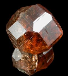 Lustrous transparent deep-orange grossular garnet crystals. Source: Jeffrey Mine, Asbestos, Québec, Canada.