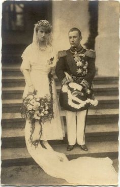 Twin brothers, Friedrich and Franz Josef Hohenzollern - Sigmaringen, married two sisters, Maria Alix and Margarete Carola of Saxony