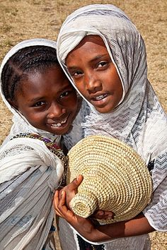 Local Girls Celebrating Timkat The Festival of Epiphany, Gondar, Ethiopia We Are The World, People Around The World, In This World, Beautiful Children, Beautiful People, Ethiopian People, Portraits, Orthodox Priest, Asian Kids
