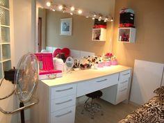 Penteadeiras vintage, retrô e modernas – nos quartos e no banheiro!