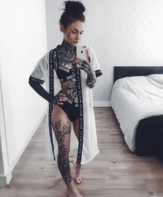 Monami Frost - I love all her clothes!! #tattooswomen
