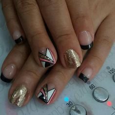 Short Nails, Nail Art Designs, Make Up, Mini, Beauty, Flower, Stiletto Nails, Short Nail Manicure, Polish Nails