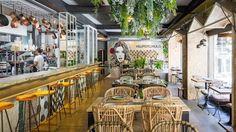 Superchulo en la calle Manuela Malasaña, 11 de Madrid Madrid Restaurants, Vegan Restaurants, Spanish English, Web Images, Raw Food Recipes, Trip Advisor, Spain, Fair Grounds, Deco
