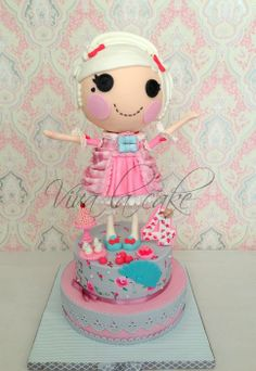 First time making a project this big and challenging also first time trying new techniques. Lalaloopsy body is all cake,all details are in fondant and one of the cakes was hand painted (first time painting flowers on a cake) Pretty Cakes, Cute Cakes, Beautiful Cakes, Amazing Cakes, Simply Beautiful, Fondant Cakes, Cupcake Cakes, Teacher Cakes, Cake Wrecks