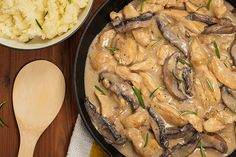 This Slow Cooker Chicken and Mushroom Stroganoff a bit of a twist from the Beef Stroganoff we love since we only have chicken and mushrooms. But this is just as delicious, too! Slow Cooker Chicken Stroganoff, Mushroom Stroganoff, Stroganoff Recipe, Beef Stroganoff, Crock Pot Slow Cooker, Crock Pot Cooking, Slow Cooker Recipes, Crockpot, Healthy Meats