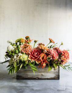 Make (and grow!) this dahlia bouquet