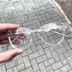 6 Best Hip Exercises for Women Health : Sport for Women in 2020 - Frau Cute Glasses Frames, Womens Glasses Frames, Cool Glasses, Glasses Outfit, Fashion Eye Glasses, Wearing Glasses, Glasses Trends, Circle Sunglasses, Eyewear Trends