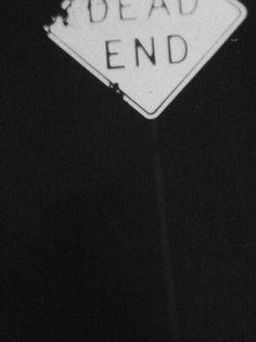 """Sin salida."""