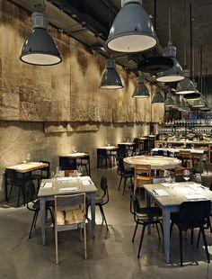 Tel Aviv bulle - AD España, © Mark G. Decoration Restaurant, Deco Restaurant, Vintage Restaurant, Restaurant Lighting, Restaurant Concept, Design Café, Bar Interior Design, Restaurant Interior Design, Small Restaurant Design
