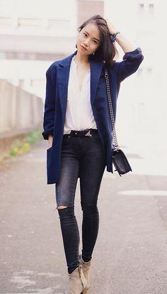 Maison Martin Margiela Mm6 Blazer, Anine Bing  Ripped Jeans In Dark Grey, Dicker Isabel Marant