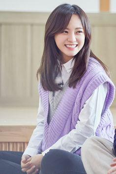 ♔ Kim Se Jeong → ♔ The official group South Korean Girls, Korean Girl Groups, Jung Chaeyeon, Kim Sejeong, Girl Artist, Real Model, Girls World, Ioi, Celebs