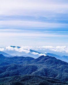 Beautiful view from Adam's Peak in Sri Lanka