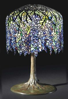Tiffany Studios Wisteria table lamp