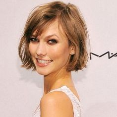 Another Karlie Kloss bob special.  Her cut is so versatile and hot!  I want, I want, I want!