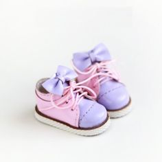 Blythe Patent leather Girlish Big Bow Sneakers | Sports  Shoes  | Blythe shoes | Doll Shoes | JerryBerry, Dal, Pullip , AZONE S, by DollyHoly on Etsy https://www.etsy.com/listing/266133348/blythe-patent-leather-girlish-big-bow