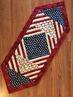 Patriotic Table Runner - Stonehenge - 2015