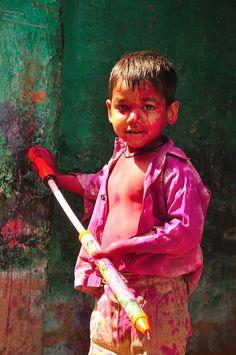 Holi Color Festival in India 2013 :) Holi Festival Of Colours, Holi Colors, India Colors, Festivals Of India, Festivals Around The World, Indian Festivals, New Holi, Happy Holi Quotes, Holi Photo