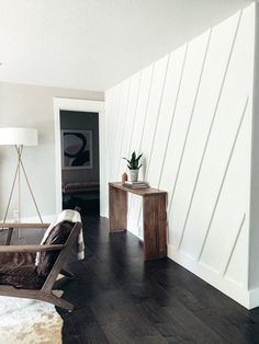 Accent Walls In Living Room, Accent Wall Bedroom, Dining Room Walls, Kitchen Accent Walls, Bedrooms With Accent Walls, Living Room Wall Designs, Living Room Decor, Wooden Accent Wall, Wooden Wall Design