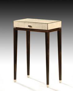 NIEL FOYER TABLE by Ogetti