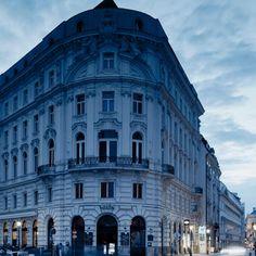 Hippe & neue Lokale in Wien - Picturre Design Multi Story Building, Louvre, Travel, Wallpaper, Design, Vienna, Italian Meals, Viajes, Wallpapers