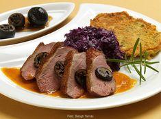 Kacsamell zölddióval és fűszeres, narancsos pecsenyelével – Receptletöltés Meat, Food, Essen, Meals, Yemek, Eten