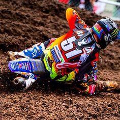 "Cool de retrouver ""our friend"" @justinbarcia à Ernée pour le MXDN #⃣5⃣1⃣ Your'r always welcome in France Mister Bam Bam  #justinbarcia #motocross #mx #moto #mxdn #mxdesnations #usa #teamusa #gopro #monsterenergy #alpinestars #oakley #yamaha #joegibbsracing #jgr #fmf #toyota #racer #rider #racing #style #classe #mxstar #bambam #attack @gopro @monsterenergy @yamahamotorusa @yamaharacingcomofficial @jgrmx @alpinestars @mxgp @fmf73 @oakleymotorsports"