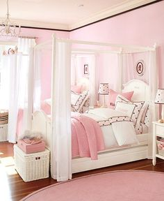 Adorable Girly Rooms {Reminds me of my bedroom when I was a little girl!} <3