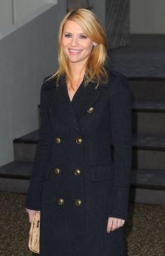 Claire Danes Photos - The Burberry Prorsum Autumn/Winter 2010 Women's wear show at the Parade Ground of Chelsea College of Art & Design. - Burberry Prorsum Show Arrivals Aries Quotes Love, Carrie Mathison, How To Read People, Claire Danes, Influential People, Burberry Prorsum, New Trucks, Hollywood Walk Of Fame, Couture