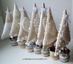 27 идей ёлочек и декора из мешковины и текстиля своими руками