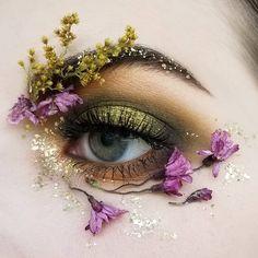 Creative Eye Makeup, Eye Makeup Art, Natural Eye Makeup, Cute Makeup, Pretty Makeup, Beauty Makeup, Simple Makeup, Crazy Makeup, Colorful Makeup