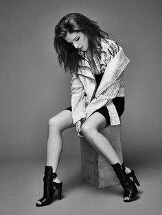 Anna Kendrick February 2015 cover story for NYLON magazine | Up In The Air, Down To Earth