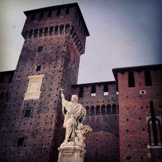 Milano Castello Sforzesco. #Milano #mytravelblog photo by Stella Marega