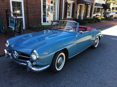 Beautiful 1960 Mercedes Benz #190SL, spotted in the historic district of Pinehurst, NC (Oct. 2015). For all your Mercedes Benz #190SL restoration needs please visit us at http://www.bruceadams190sl.com. #BruceAdams190SL.