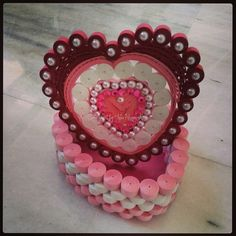 © Kinnari Gada - Quilled heart boxes (Searched by Châu Khang)