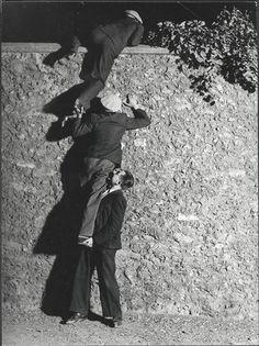 Pour un roman policier, vers 1931-1932, Brassaï Photo (C) Centre Pompidou, MNAM-CCI, Dist. RMN-Grand Palais / image Centre Pompidou, MNAM-CCI
