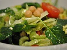 Salát   Receptárna – vaše online kuchařka Spinach, Meat, Chicken, Vegetables, Food, Essen, Vegetable Recipes, Meals, Yemek