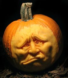 Extreme Pumpkin Carving for Halloween by MB Creative Studio Pumkin Carving, Amazing Pumpkin Carving, Food Carving, Carving Wood, Halloween Jack, Halloween Pumpkins, Halloween Crafts, Halloween Decorations, Halloween Ideas