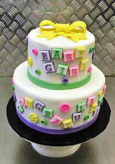 http://cakedecoratingcoursesonline.com/cake-decorating/ Baby shower cake. Do you want your #personal #Baby #Shower #cake? - Get best Cakes Decoration #Tutorials on http://CakeDecoratingCoursesOnline.com - Join now!