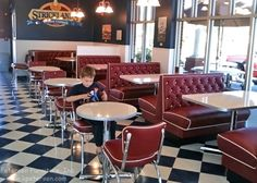 Diamond Tufted Restaurant Booths with Diner Restaurant Chairs