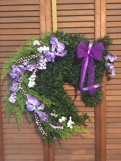 Horse Head Wreath/ Horse Wreath Horse Head Wreath, Purple Wisteria, Dressage Horses, Pink Accents, Summer Wreath, Floral Wreath, Hand Weaving, Wreaths, Spring